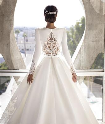 Pronovias #Brown