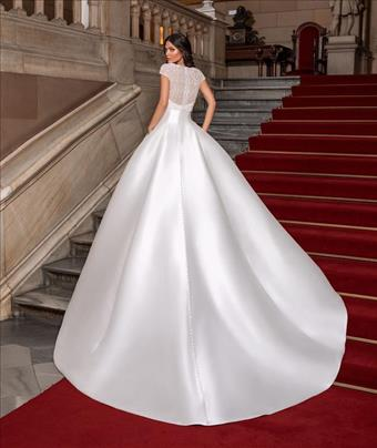 Pronovias Style #Close