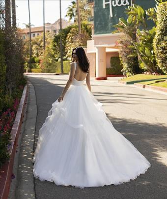 Pronovias Dandridge