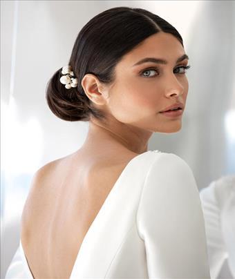Pronovias Style #Hepburn