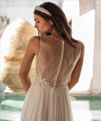 Pronovias Style #Holliday