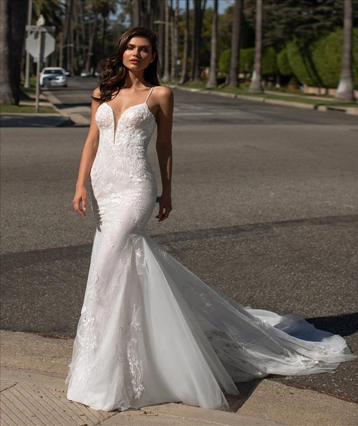 Pronovias Jones Image
