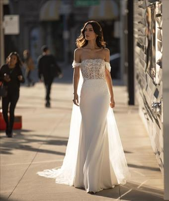 Pronovias Novak