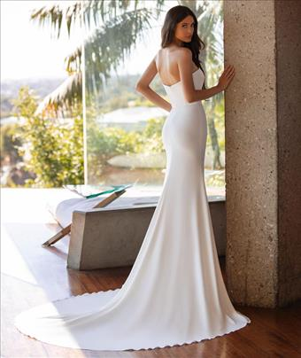 Pronovias Williams
