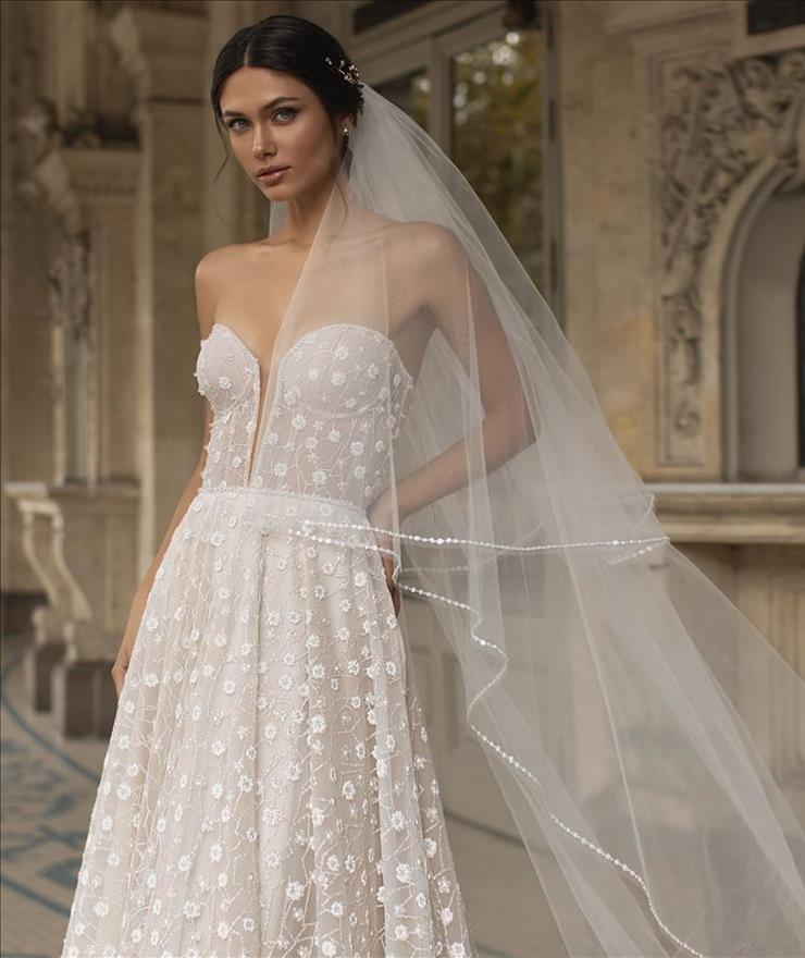 Pronovias Hopkins Image
