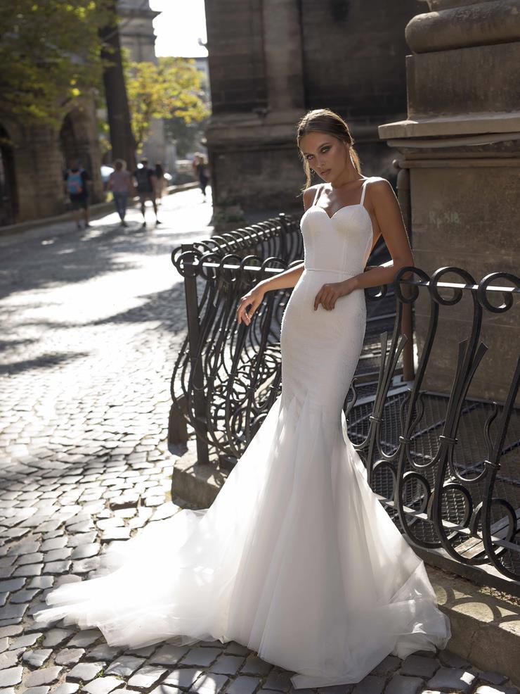 LiRi Bridal style Beatrix Image