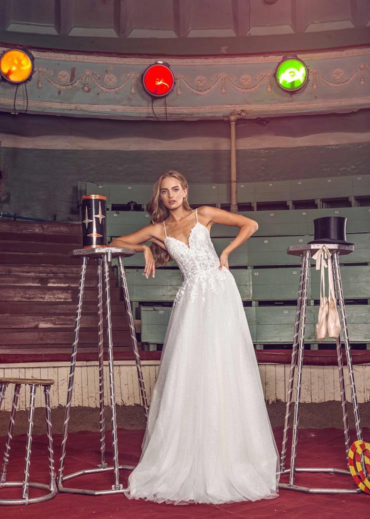 LiRi Bridal style Fiona Image