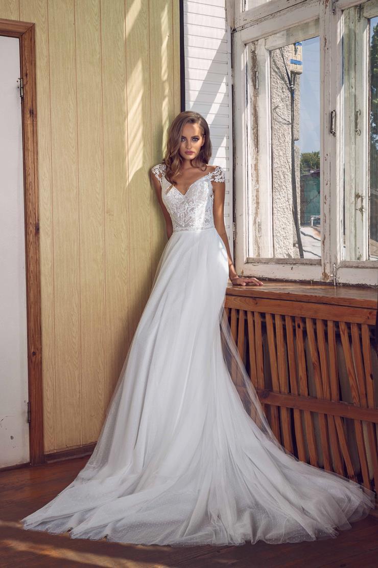 LiRi Bridal style Heavenly Image
