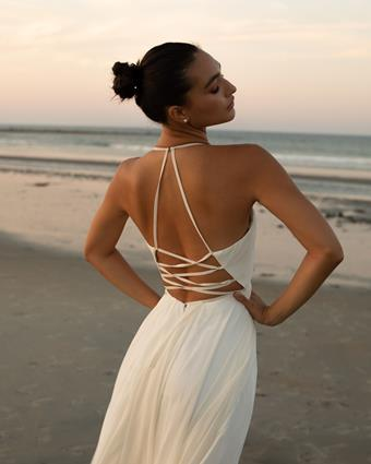 Ultimate Bride Style #Faviana 7747