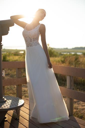 Ultimate Bride Style #Demetrios ME153