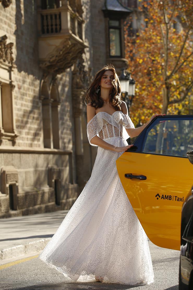 Jolie Bridal Style #21-J03 Image