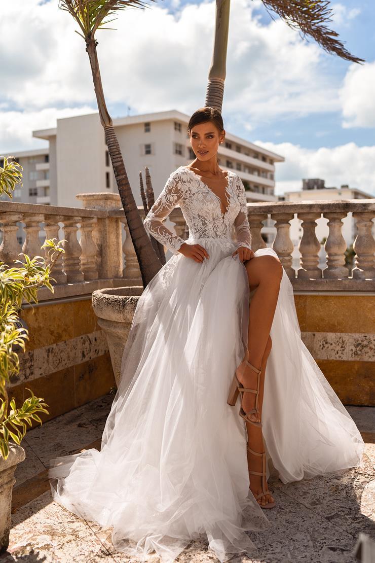 Oliver Martino Style #Roxana Image