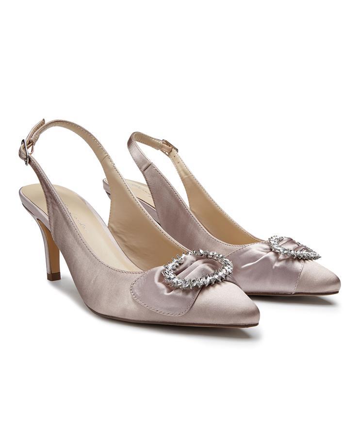 Benjamin Walk Shoes Cyra