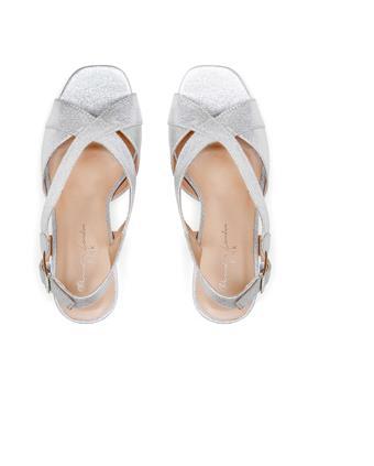 Benjamin Walk Shoes Hibiscus