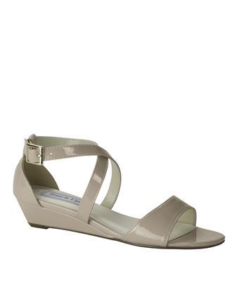 Benjamin Walk Shoes Shyla