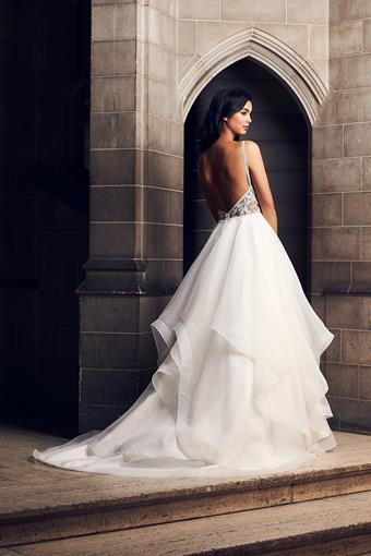 Paloma Blanca Style #4903