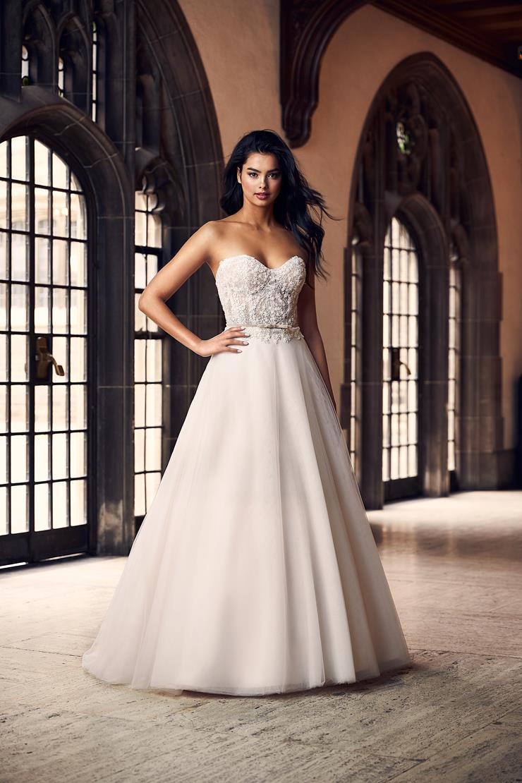 Paloma Blanca Style #4909  Image