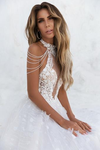 Elly Bride Dimetra