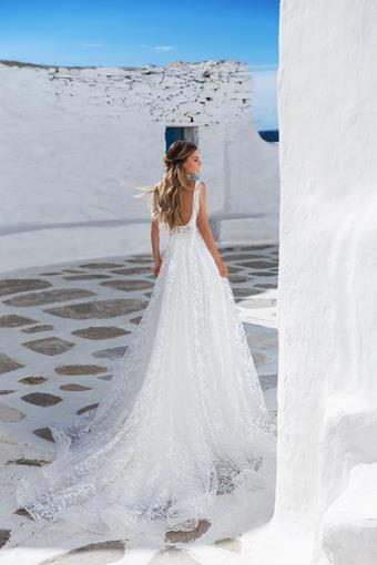 Elly Bride Style no. Laura