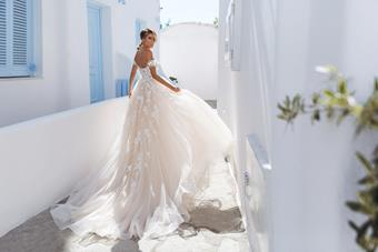 Elly Bride Megan