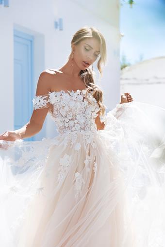 Elly Bride Style #Megan