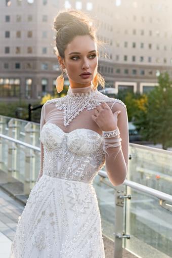 Elly Bride Francesca