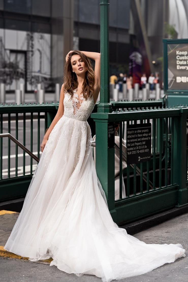 Elly Bride Style Karen  Image