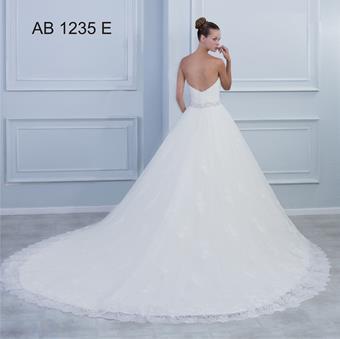 Angela Betasi AB 1235