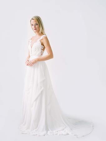 Truvelle Bridal Julie