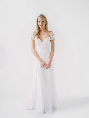 Truvelle Bridal Mary