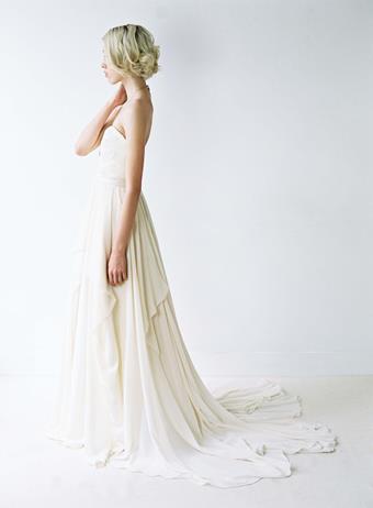Truvelle Bridal Natalie