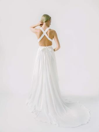 Truvelle Bridal Rebecca