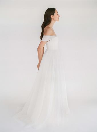 Truvelle Bridal Vanessa