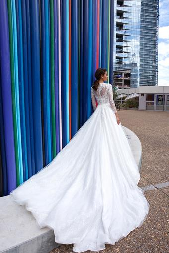 European Couture ec19