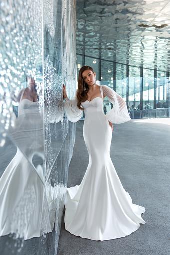 European Couture ec22