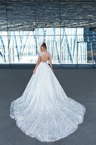 European Couture ec24