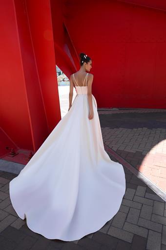 European Couture ec29