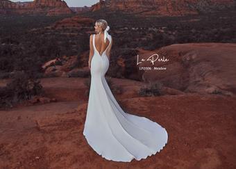 La Perle Style# LP2006