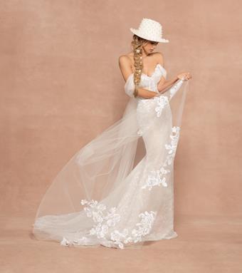 Hayley Paige Style #Reba