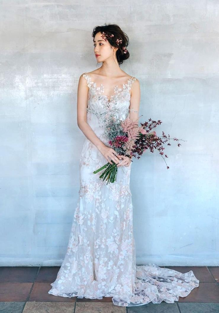 Claire Pettibone April  Image