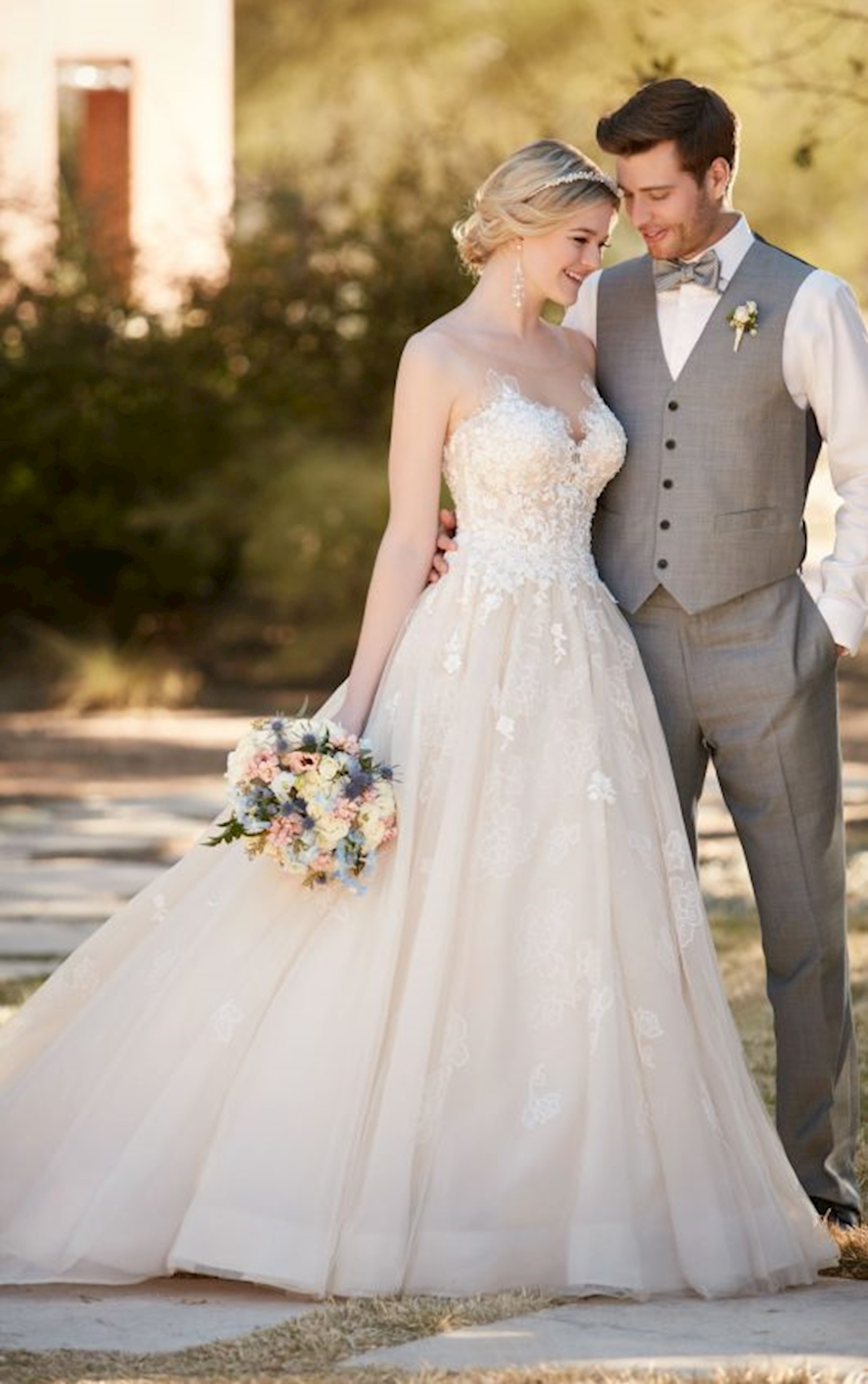 Essense of Australia Bridal Dresses | Regiss in Kentucky - D2126