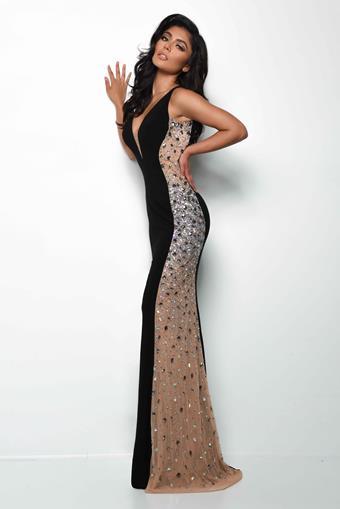 Jasz Couture Style NO. 7078