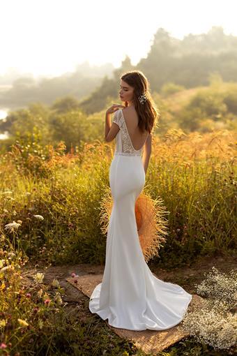 Aria Bride #Alexandra