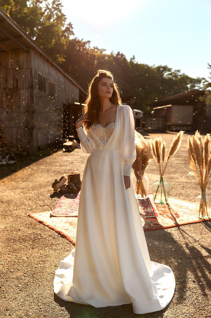 Aria Bride Style #December Image