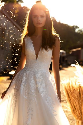 Aria Bride Style Drew