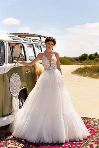 Aria Bride #Emily