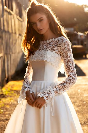 Aria Bride Gabriel