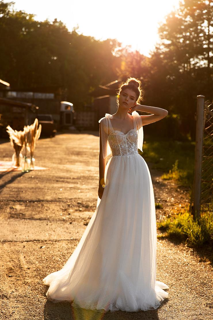 Aria Bride Style #Julia Image