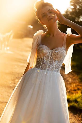 Aria Bride #Julia