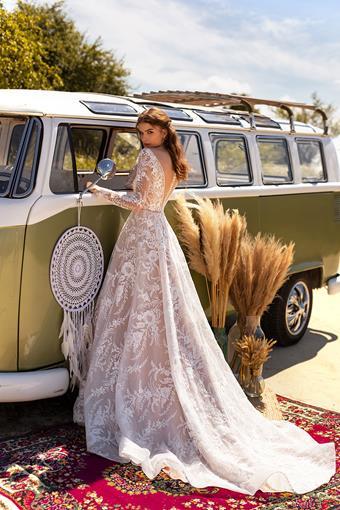 Aria Bride Kira